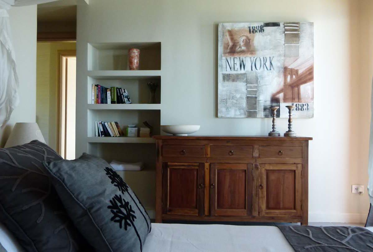 013 master bed1 1200x811 - OIK1K4 Villa Kalamos