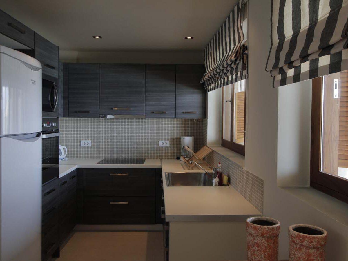 019 kitchen 1200x900 - OIK1K4 Villa Kalamos