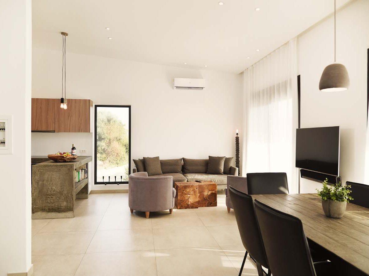 20 OIK59.2 LIVING ROOM 1 1200x900 - Villa Mouria