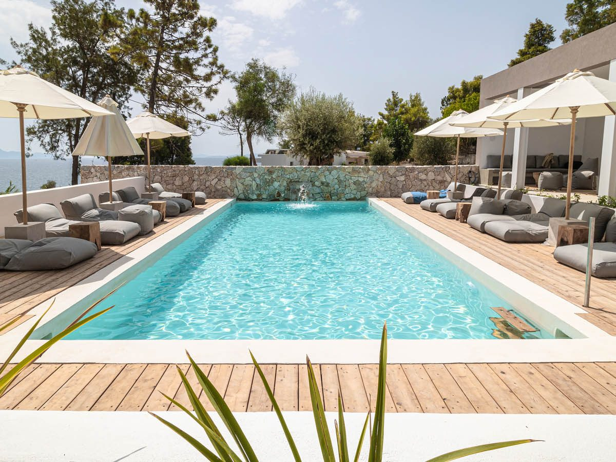 07 poolcentralview 1200x900 - OIK5.12 Arion Seaside Suites