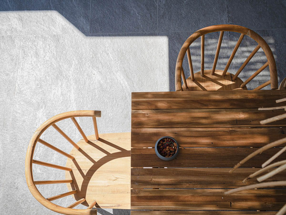 OIK78.2COVEREDTERRACETABLEDETAIL 1200x900 - OIK78.2 Villa Helena