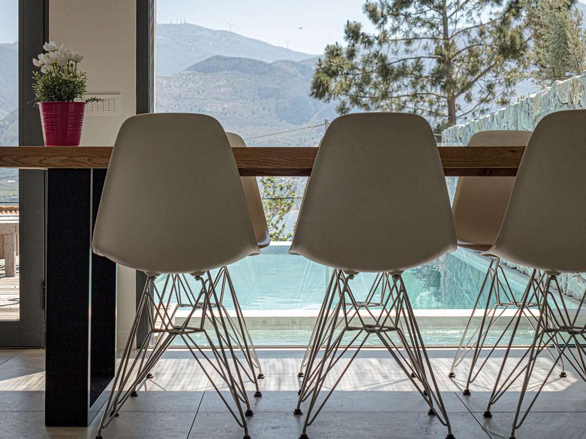 OIK3.1 1STFLOOR DINING CHAIRS LowRes 1200x900 - OIK3.1 Villa Aetos