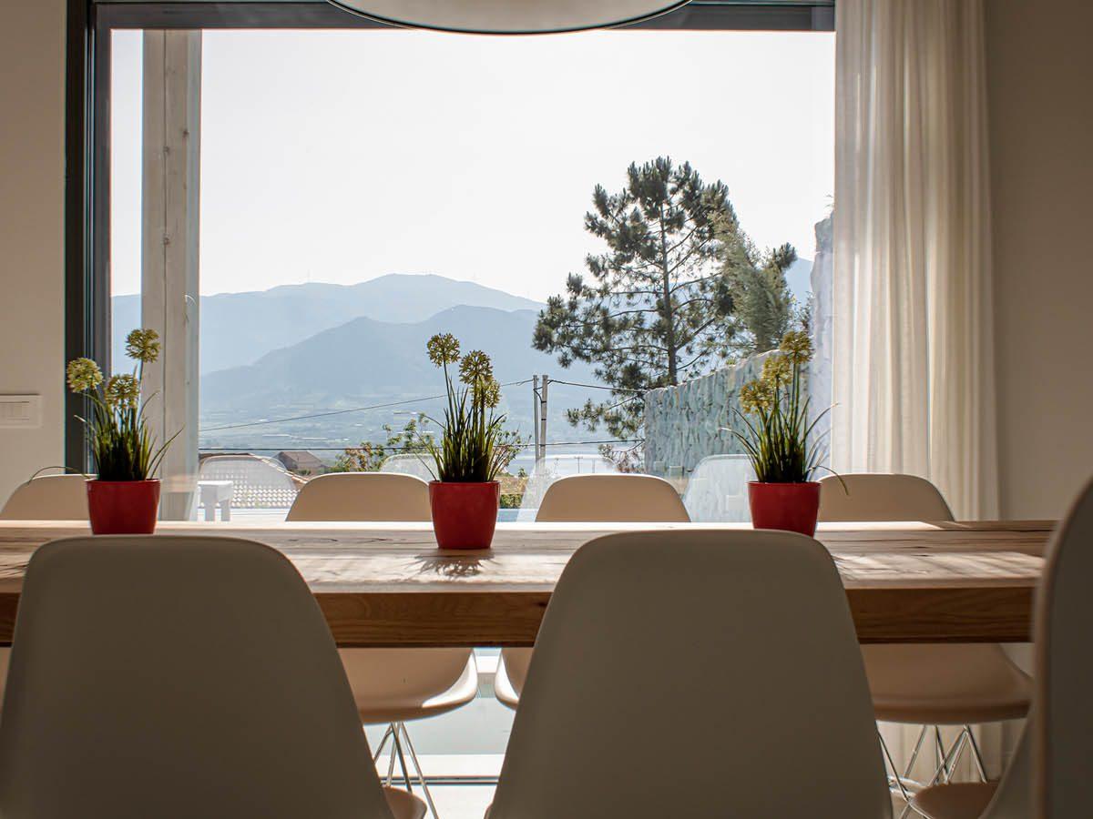 OIK3.1 1STFLOOR DINING VIEW2 LowRes 1200x900 - OIK3.1 Villa Aetos