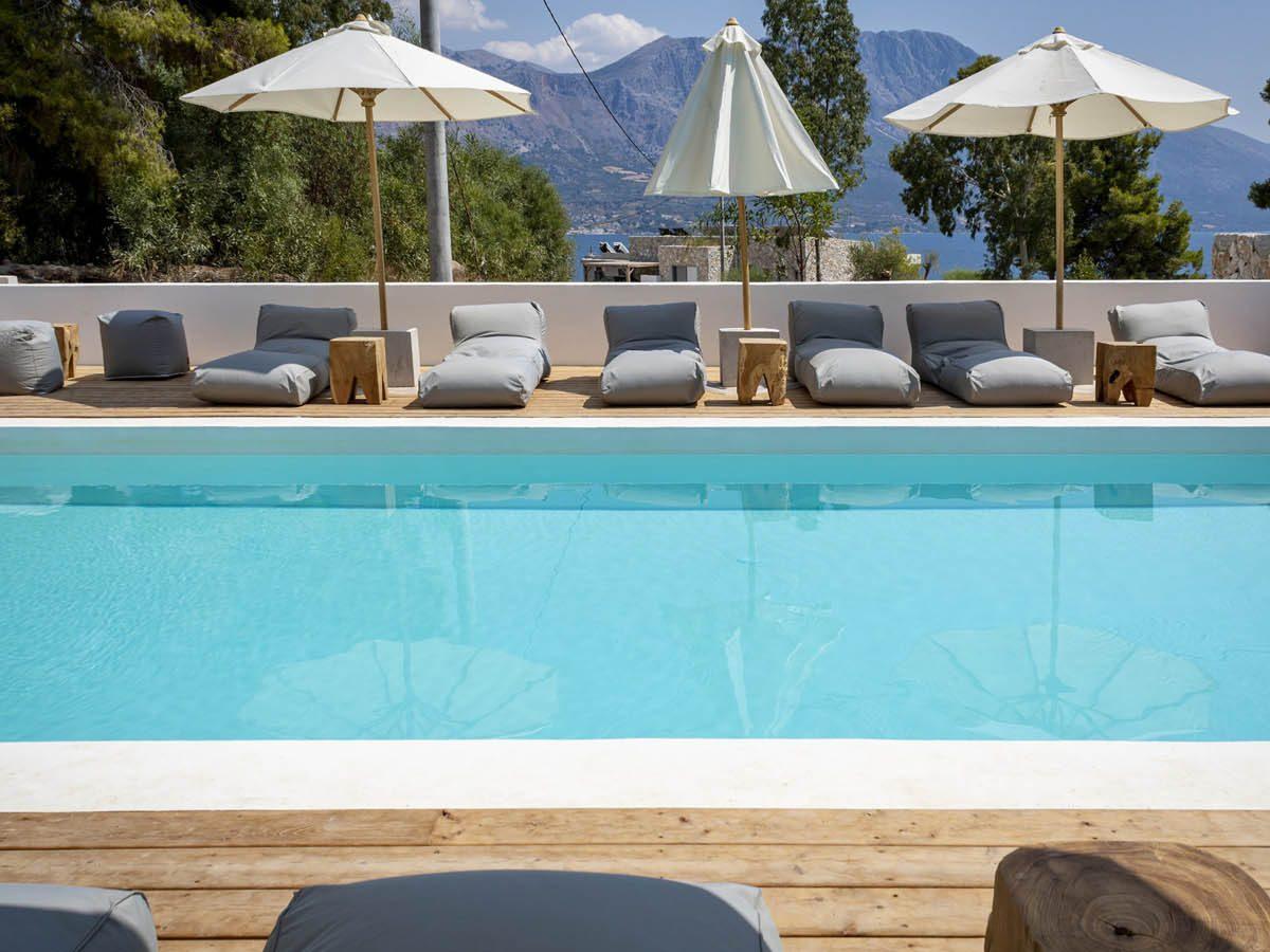 03 poolviewside scaled 1 1200x900 - OIK5.12 Arion Seaside Suites