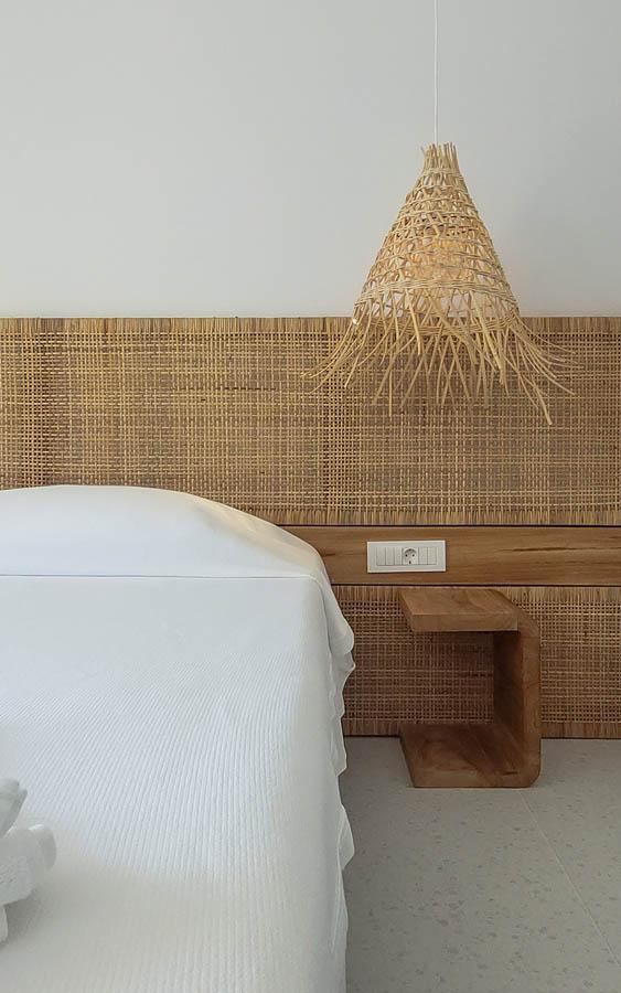 17 headboarddetail - OIK5.12 Arion Seaside Suites