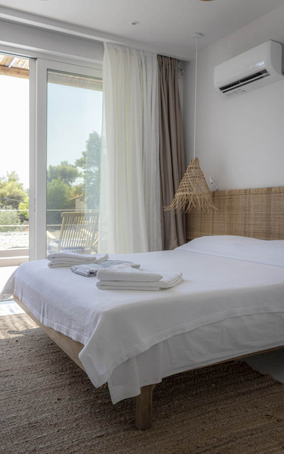 19 bed scaled 1 - OIK5.12 Arion Seaside Suites
