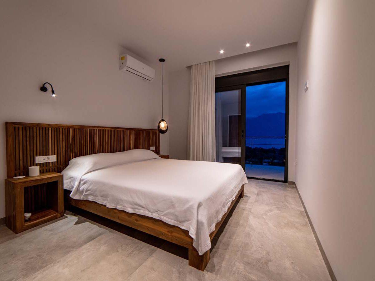 30 Villa Iris bedroom4  1200x900 - Villa Stone Iris