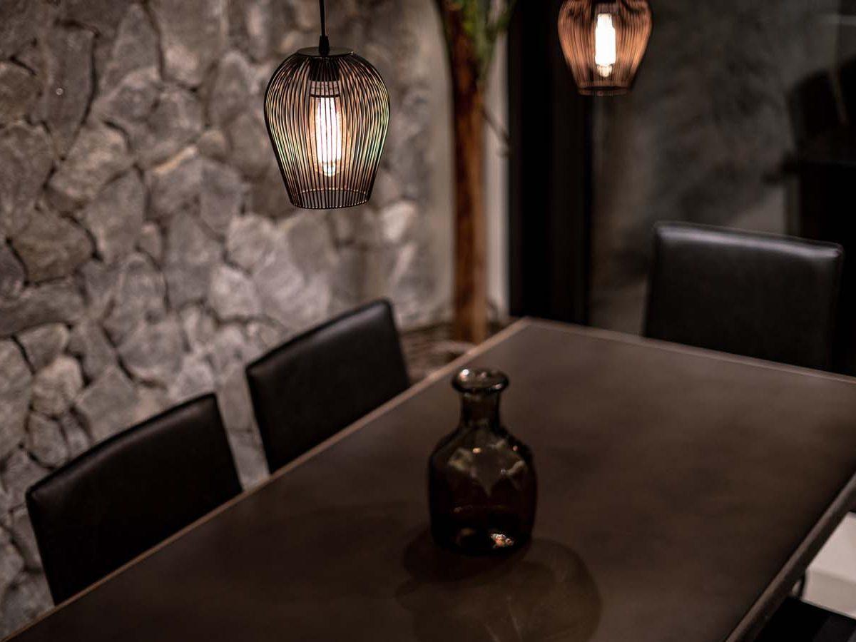 34 Villa Iris dining2 1200x900 - Villa Stone Iris