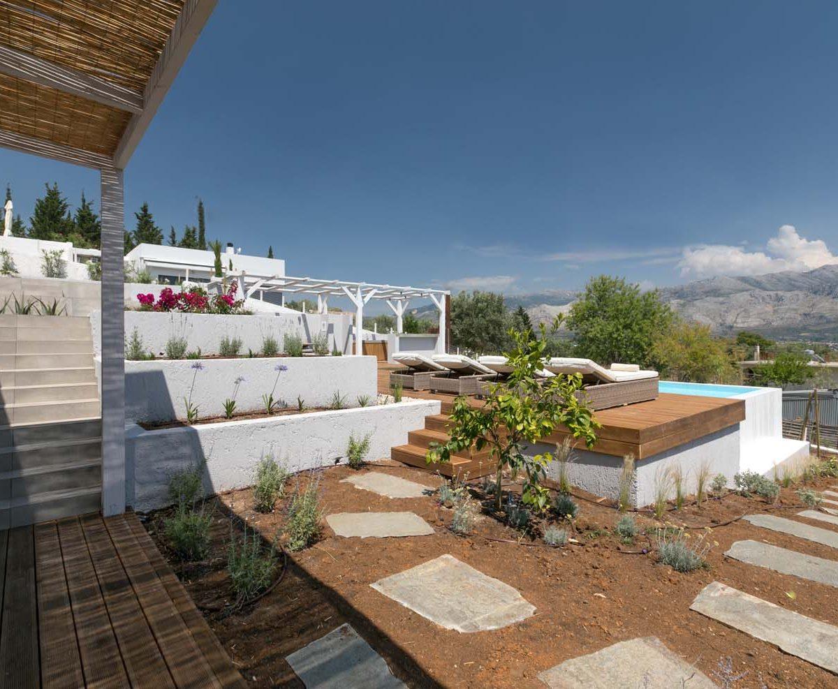 Exteral Areas 3 1200x987 - OIK4.5 Villa Elia