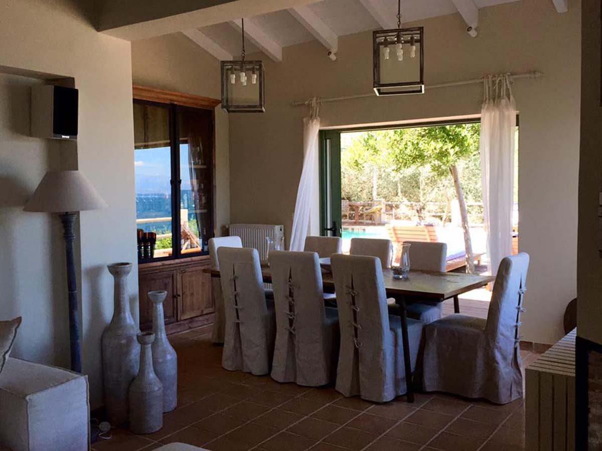 Inside Dining 1200x900 - OIK26 Villa Amalia