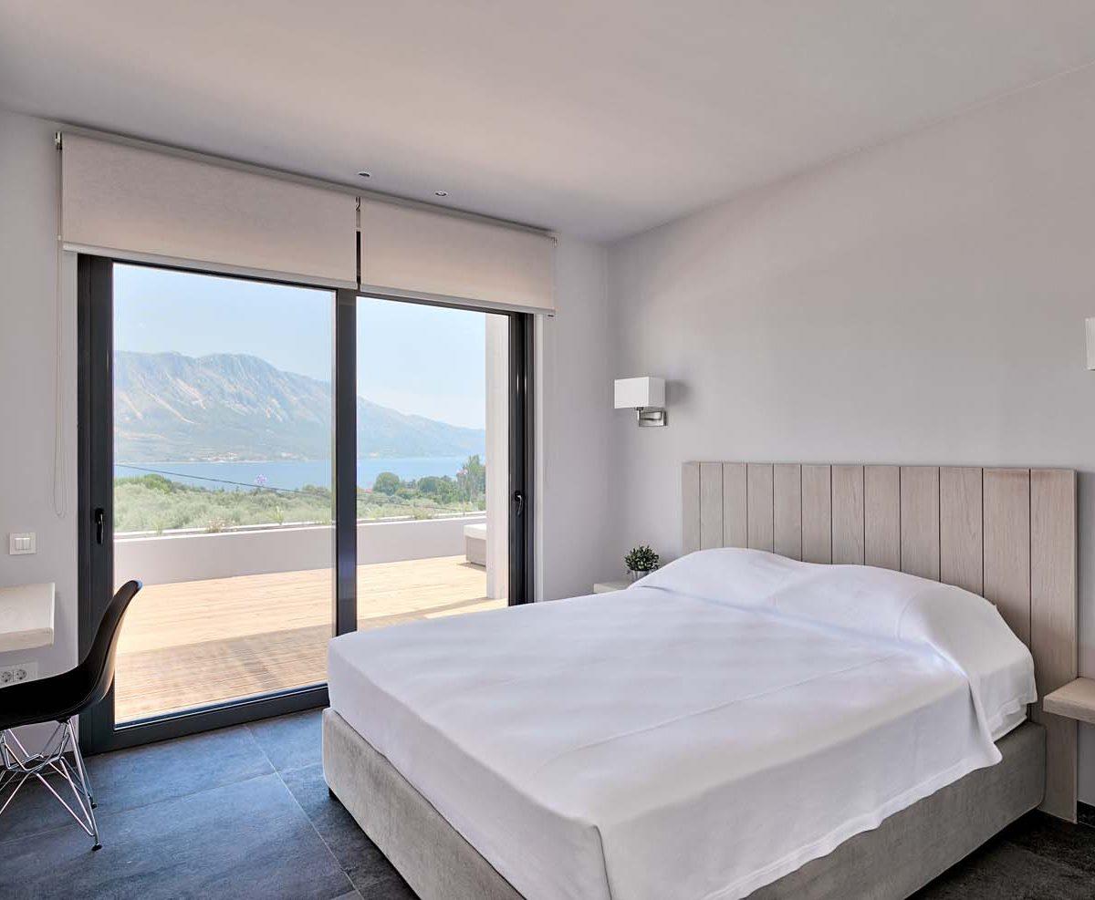 Master Bedroom 1 1200x987 - OIK4.5 Villa Elia