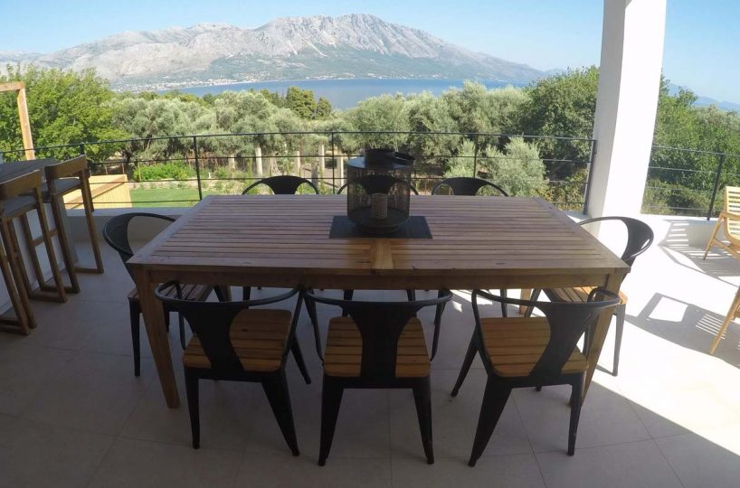 OUTDOOR DINING AREA 7 818x540 - OIK59.1 Villa Mytikas