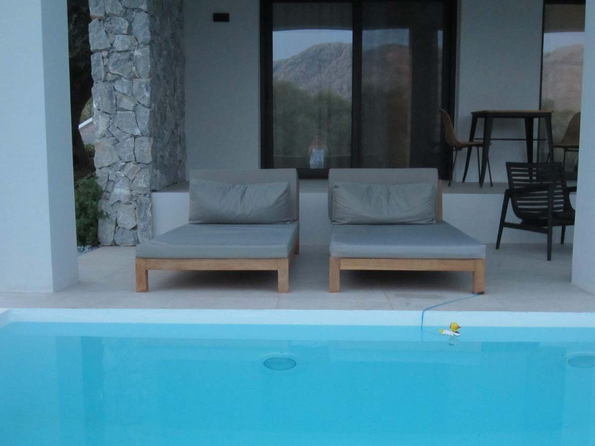 POOLSIDE SEATING 2 1200x900 - OIK59.1 Villa Mytikas