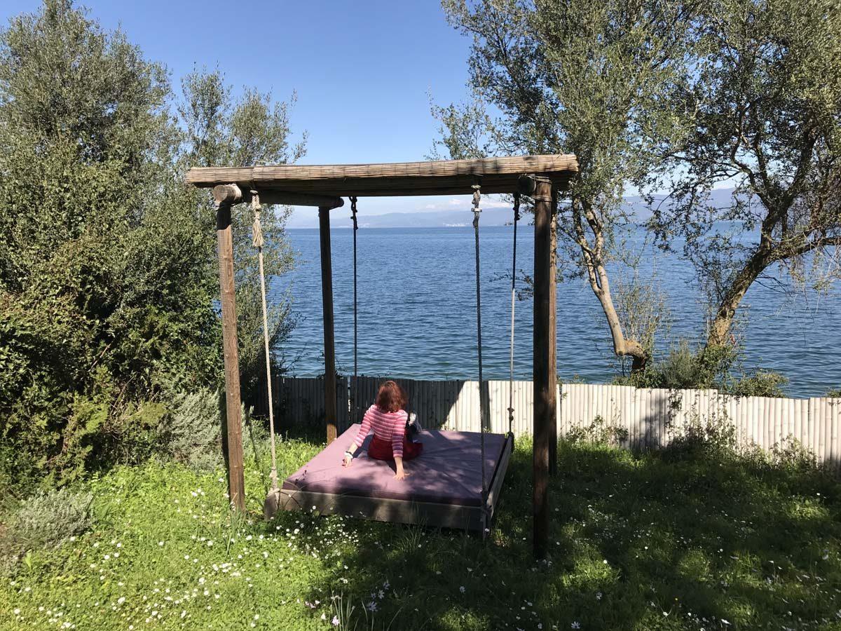 Swing 1 1200x900 - OIK26 Villa Amalia