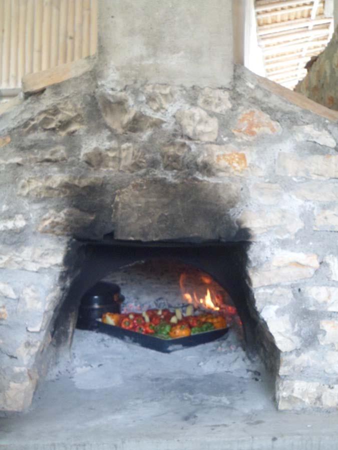 Traditional Oven - OIK26 Villa Amalia