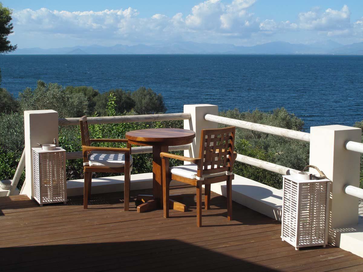 VERANDA A SMALL CORNER FOR 2 1200x900 - OIK26 Villa Amalia