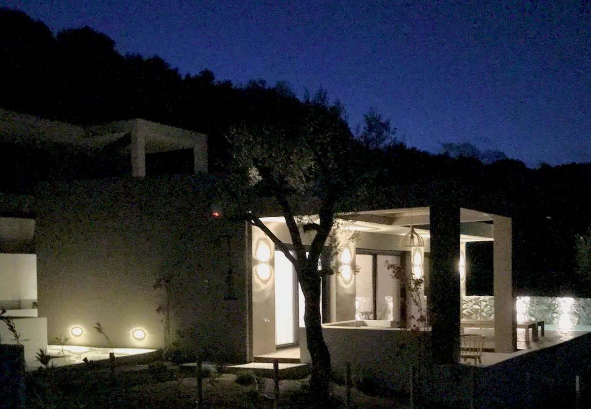 VILLA ORYX NIGHT 1200x832 - OIK65.1.1 Villa Oryx