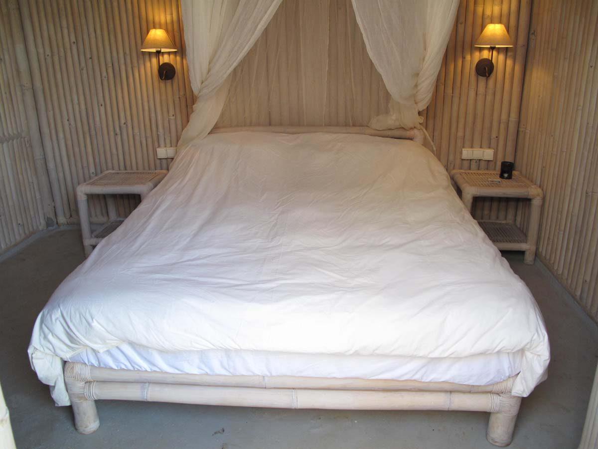 VILLAS BAMBOO BEDROOM 1200x900 - OIK26 Villa Amalia